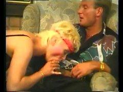 Blondie liebt es hart
