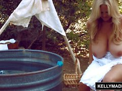 Cerca de Kelly Madison Horsin