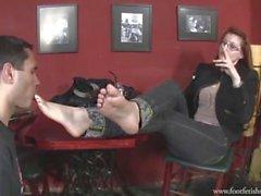 Deusa Victoria Botas e adoração de pé