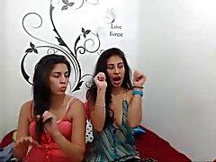 prostitutas Hermanas a SE beijando