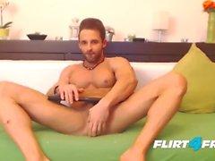 Густаво Мышцы на Flirt4Free Guys - Ripped ломоть Фаллоимитаторы Его Tight Ass