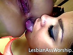 Katt Lowden Facesitting Ass Eating Savana