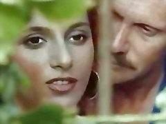 Pornografia de italiano com Selen 1