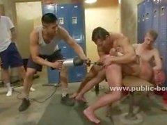 Pervers Homosexuell Nieten zu verwenden Bohrmaschine im um geilen Arsch und die prallen Schwanz fick