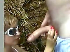 Amateur outdoor deepthroat and cum play