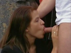 Nadine Perrier auf dem Bagger gefickt.mp4