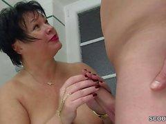 German Step-Mom Seduce Big Cock Young Boy to Fuck