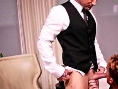 Muscle Sohn oraler Sex mit abspritzen