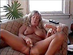 ANDRAn kesäkuu masterbates jotta lesbo porno