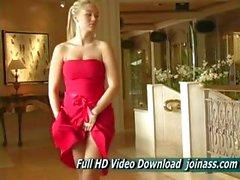 Alison Angel einem sexy roten kleide funktioniert wie ein Mode Modell