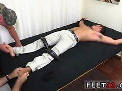 Emo Junge Füße Fetisch Video und freie Geschichten Homosexuell Fuß Junge Sexy
