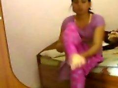 ENF - indiano da menina despojado do irmão Infront do namorado