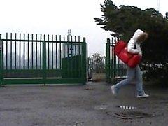 indivíduo adolescente fode sua namorada morena