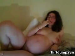 Pregnant Cam Chick With Glasses