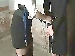 Adolescentes tratos crueles A extremo de BDSM Sexo duro