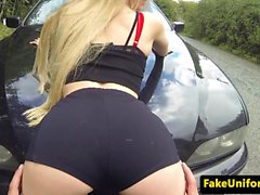 Petite brit cockriding cop in car doggystyle