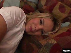 Reizvolle blonde Schönheit , Ashlynns Brooke bietet Ihnen einen AllAccess pro Jahr