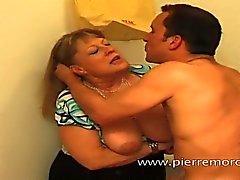 Mom blond françaises nul une femme amincissent non devient enculer