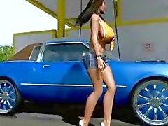 3D stor titted Babe Tvättar Her bil!