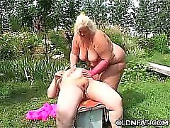 Fat Mature Blonde Fucked de jouets