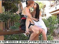 С Тамарой Ласи прекрасным любительская пара лесбиянок целовать и облизывание сиськи и киска открытом воздухе