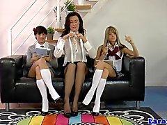Británico lesbiana maduras con medias mima escuela
