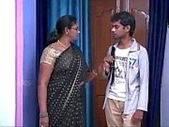Indian House esposa Aunty romance com ventilador do adolescente