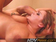 Hott Natasha Bonitinho Fuck Tit e Cumshot