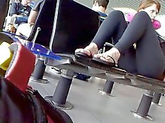 black legging sit
