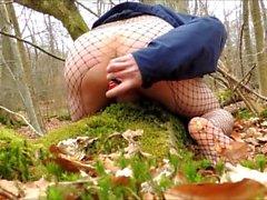 dildoing meinen Arsch und in den Wald schleppen