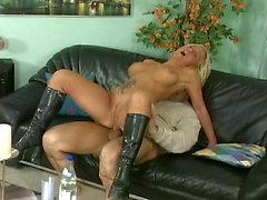 Sexgeschichten knuppelhart - Scene 05