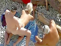 pareja playa 11