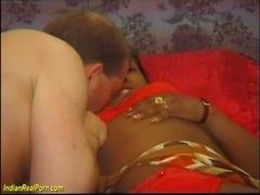 busty indian recebe seu primeiro pau grande