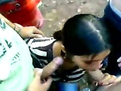 Arabische Junge Sold His Schwester 19yo Teenager für den Kassa
