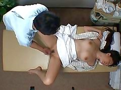 Spycam reluctant Jap seduced by masseur