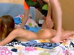 Penetração profunda butthole adolescentes