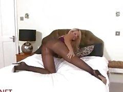 Leggy Lucy Zara Vibes her pussy