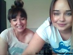 Mom And Daughter On Cam...