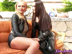 Latex lesbo ass fingered