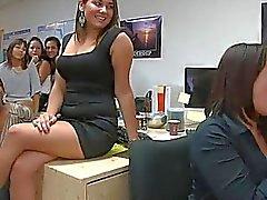 Caldo ragazze dell'università i giovani possibile