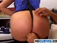 Banging Curvy Babe Caroline Pierce