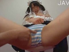 Asian tart is a real maid