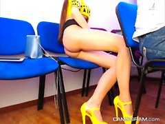 Lustful Leggy Camgirl Plays With Her Juicy Vagina