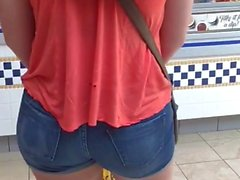 SEXY ASS in Jean Shorts Jiggling in Mall