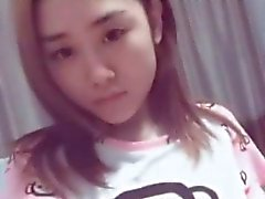 Hot Chinese Teen Likes To Tease