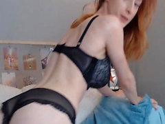 Slim White Babe Fuck Her Pussy With Dildo