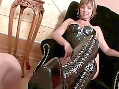 Dominatrix gets her shoes cleansed