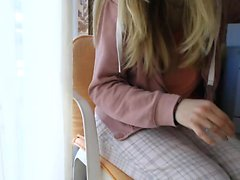 European blonde teen siren Marry Queen gives blowjob