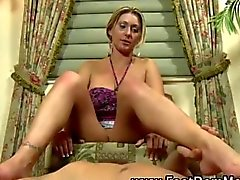 Fetish hottie rubs a cock with her feet