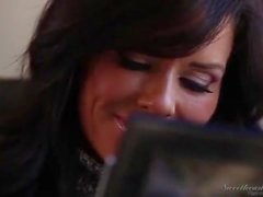 Mother and daughter hot actions - veronica avluv and zoey holloway